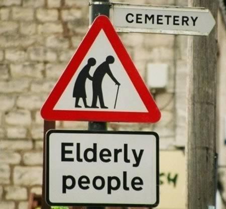 attraversamento_anziani