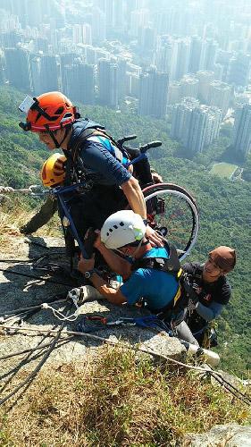 Lai Chi-wan arriva in cima alla scalata